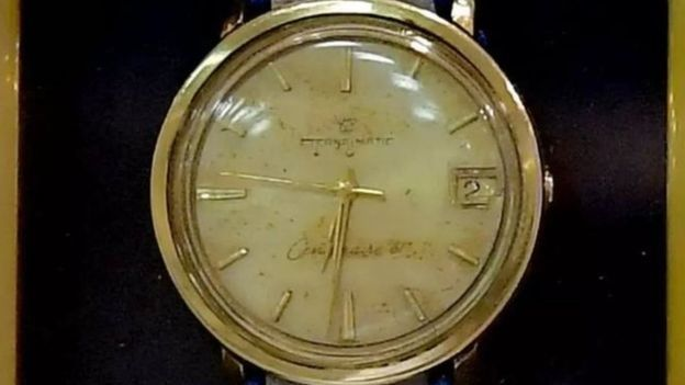 It is said that the watch was worn until it was seized by Eli Cohen