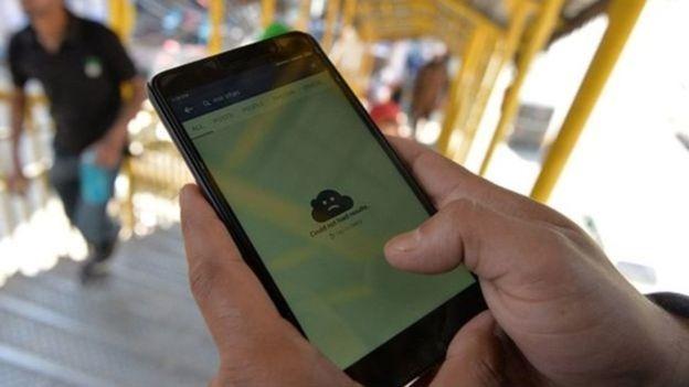 Return of posts and landline phones in Kashmir 4