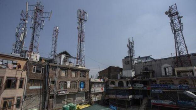 Return of posts and landline phones in Kashmir 6